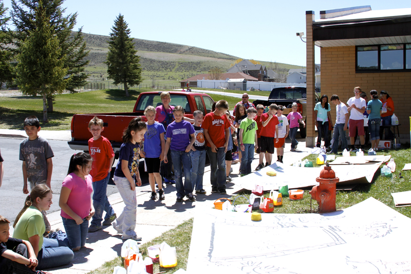 North Summit Elementary students paint scenery for their opera  Sport Dorks: A Crazy Olympics,  which will be presented on Monday, May 20 at 7 p.m. at the North Summit Elementary School. Photo submitted by North Summit Elementary