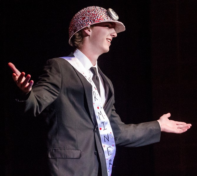 Anders Nilsson thanks the judges and the audience after being crowned Mr. Miner 2013. Christopher Reeves/Park Record.