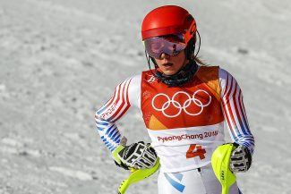 Mikaela Shiffrin unable to defend her Olympic slalom gold, finishing fourth