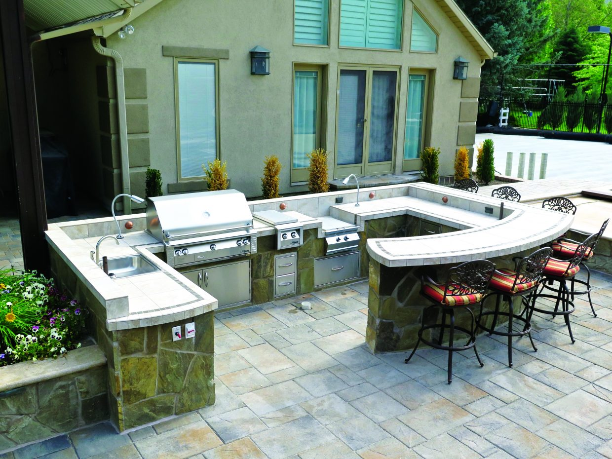 How to make the most of your outdoor kitchen | ParkRecord.com