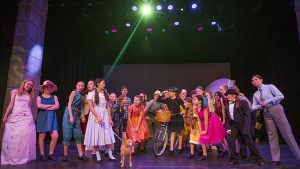 YouTheatre is off to see the 'Wizard of Oz' at the Egyptian Theatre